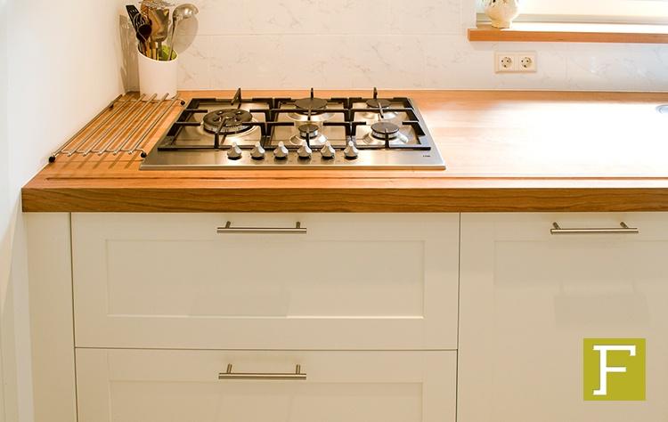 Witte Lak Keuken : Witte keuken bovenkastjes